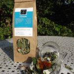 Tisane, infusion, plantes sèches, extérieur Contretemps