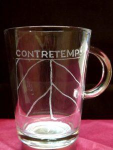 Mug, tasse, grure man Contretemps logo